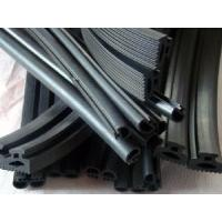 Buy cheap EPDM Extrusion Auto Sealing Strip (RNC-003) from Wholesalers