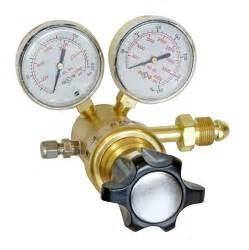 Buy cheap compact pressure regulator/single stage regulator/double stage regulator/stainless steel regulator/brass regulator from wholesalers
