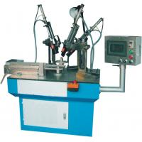 Rubber trimming machine with three knives
